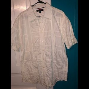 NWT men's casual Tommy Hilfiger shirt.